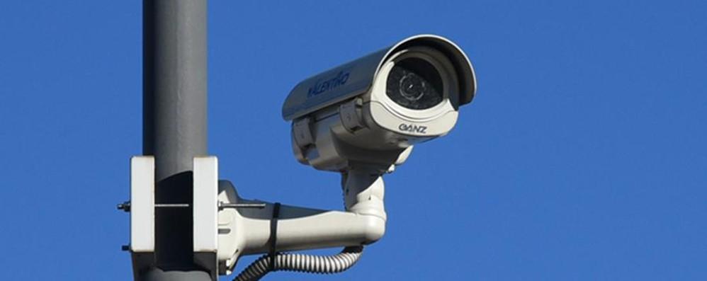Il governo tassa le videocamere Il Comune si ribella: «Assurdo»