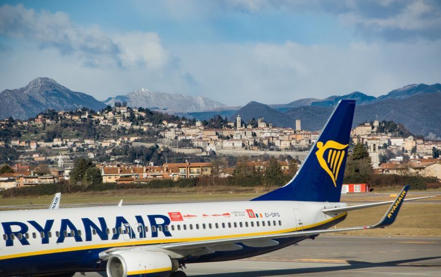 Ryanair, ancora ricerca di personale  A Orio al Serio colloqui in aprile - Le date