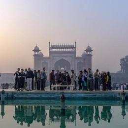 L'emozione dell'India nelle foto di Lisa Il ricavato per le adozioni a distanza
