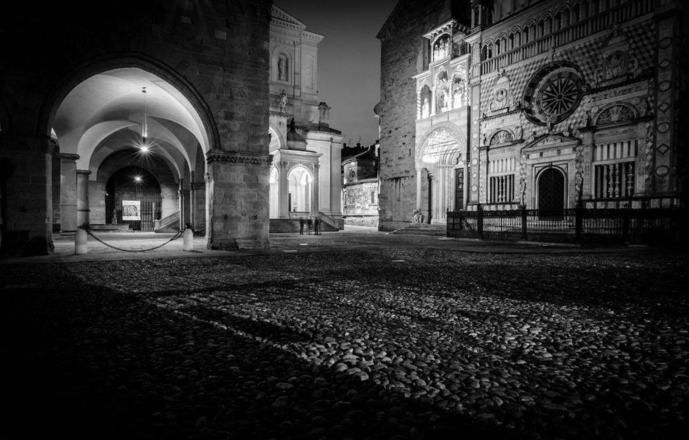 Citt alta in bianco e nero galleria fotografica l 39 eco for Foto alta definizione bianco e nero
