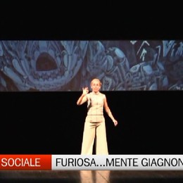 Lucilla Giagnoni è Furiosa...Mente sul palco del Sociale