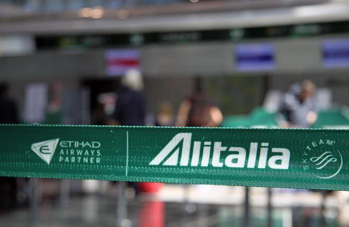 Alitalia, l'obiettivo del Governo è venderla