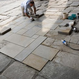 Quella pietra troppo nuova - Video Dopo le Mura, polemiche alla Cittadella