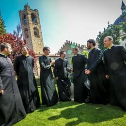 Ordinati sette  preti novelli «Siamo collaboratori della vostra gioia»