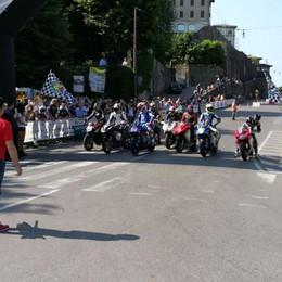 I «bolidi» che hanno fatto la storia  Città Alta, l'Historic Gran Prix -Foto/Video