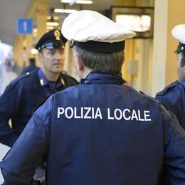 Spaccia droga a una minorenne Arrestato 28enne dalla Polizia locale
