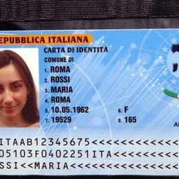 Arriva la carta d'identità elettronica A Bergamo dal 26, serve prenotarsi