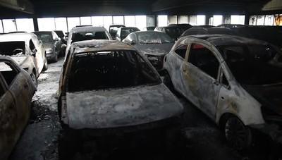 L'incendio al parcheggio