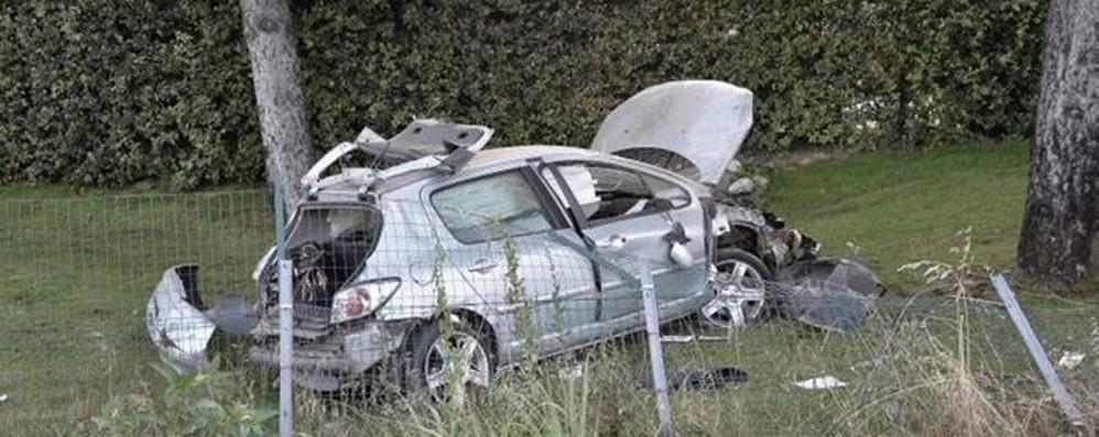 Perde il controllo dell'auto, schianto in A4 Muore un 43enne di Villongo - Foto