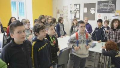 La visita in redazione della scuola primaria di Parre
