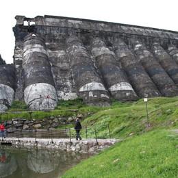 Novant'anni fa la tragedia del Gleno  Squarcio nella diga, poi più niente