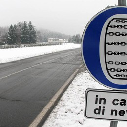 Pericolo valanghe rientrato  Riaprono le strade per le valli