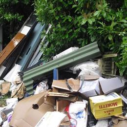 Discariche  a Villongo e Gandosso  Quintali di rifiuti abbandonati