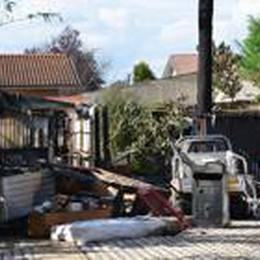 Castel Rozzone: brucia tettoia  In due ustionati e intossicati