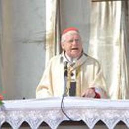 «C'è bisogno di rinnovamento»  Il cardinale Scola a Fara d'Adda