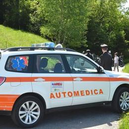 Cade durante la gita in moto Centauro soccorso a Dossena