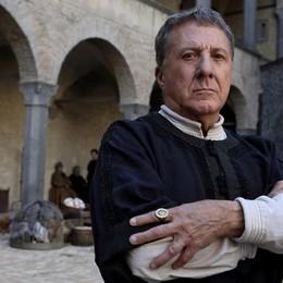 Dalla Val Seriana al mondo della tv I cotoni Albini per Dustin Hoffman