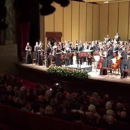 La standing ovation per il maestro Muti