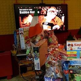 Venerdì mattina tutti su Radio Alta Chi c'è a Colazione? Babbo Natale