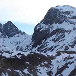 Precipita dal monte Grabiasca Un morto in Valle Brembana