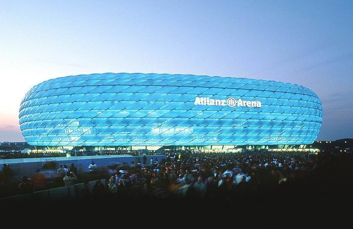 L'Allianz Arena, terreno di gioco del Bayern e del Monaco 1860
