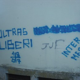 Imbrattano i muri di Serina Già identificati dai carabinieri