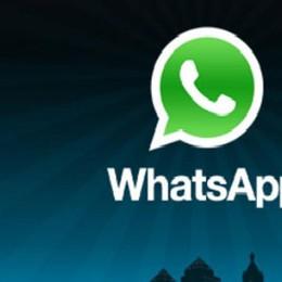 «Rivuoi il  telefonino? Dammi 30 euro» Ricatta su WhatsApp, preso via Facebook