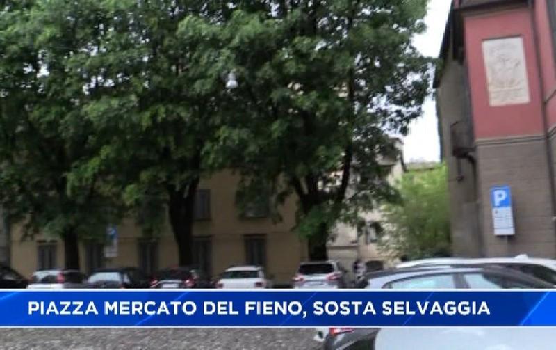 Bergamo Città Alta. Caos al parcheggio di Piazza Mercato ...