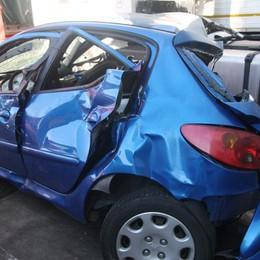 Morì dopo aver sorpassato i carabinieri Perizie sulla sua auto e sulla pattuglia