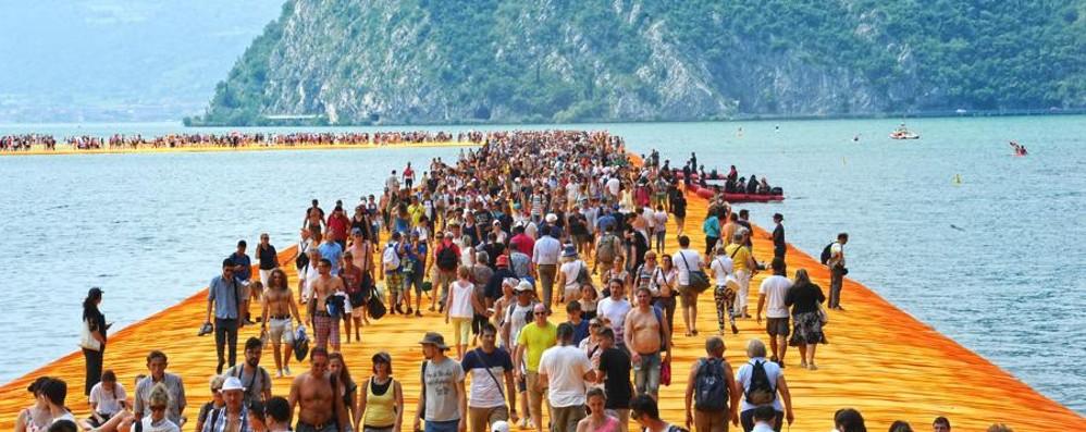 L'effetto passerella si fa sentire sul lago «Incassi per 88 milioni di euro»