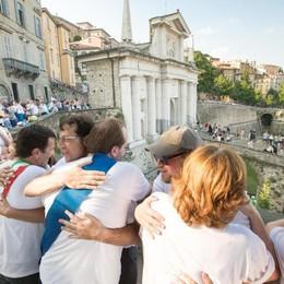 Simone Moro: «Sulle Mura ci sono nato  Il primo abbraccio? Scalandole a 14 anni»