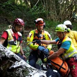Cerca funghi in provincia di Sondrio Trauma cranico per un 63enne di Serina