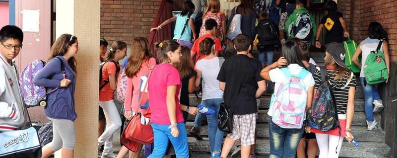 Cara scuola ma quanto ci costi fanno 580 euro di media for Scuola di moda milano costi