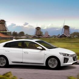 Hyundai Ioniq elettrica  dopo quella ibrida