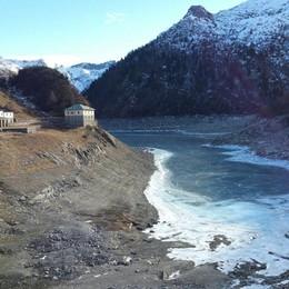 Calano le riserve d'acqua in Bergamasca Oglio sotto dell'80%. Serve la pioggia