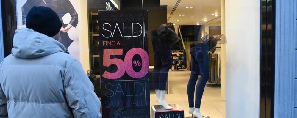 Lo scontrino medio? 200 euro Per i saldi scelti capi griffati e scarpe