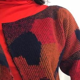 «Sperimentare i tessuti» Relogo colora la sua moda