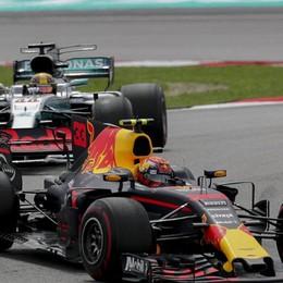 Gp della Malesia, vince la Red Bull  Hamilton secondo, Vettel super rimonta