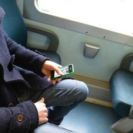 Lo picchiano e gli rubano soldi e iPhone Nuova aggressione sul Milano-Bergamo