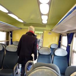 Microtelecamere sulle giacche dei controllori per la sicurezza sui treni