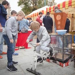 Scuola in piazza con BergamoScienza Piccoli Archimede crescono