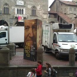 Bergamo, l'assedio degli 800 furgoni  Il Comune pronto a estendere i divieti
