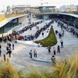 Giornate Fai, buona affluenza in provincia  Milano, tutti in coda per i grattacieli -Foto