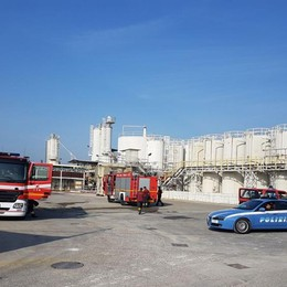 Treviglio, fuga di gas in azienda chimica Pompieri al lavoro,ecco cosa è successo