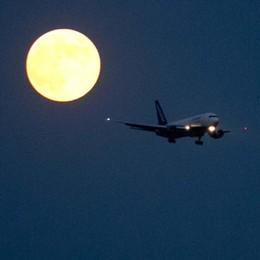 Aeroporto, la promessa di Bruni  «Stop ai voli dalle 24 alle 6 dal 2020»