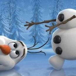 Genitori (e bambini) avvisati: torna Frozen Olaf ci farà festeggiare il Natale - Video