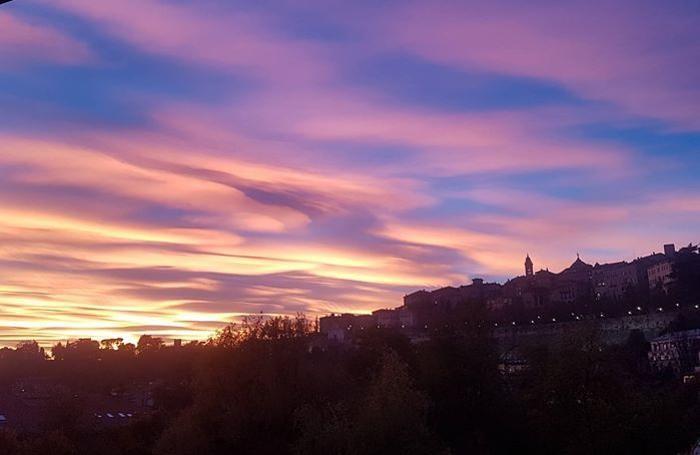 Le foto più belle del tramonto rosa del 29 ottobre 2017