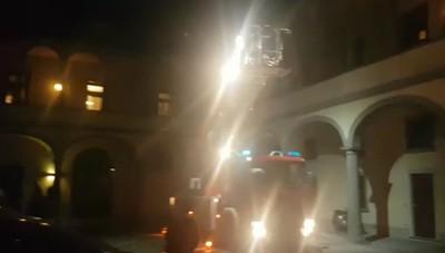 Incendio tetto in Borgo Palazzo