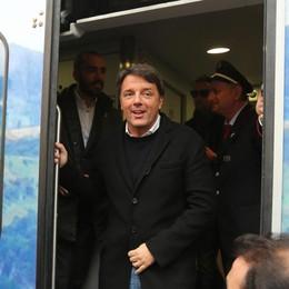 Il treno di Renzi si ferma a Ponte S. Pietro «Gori? Fossi in  Maroni mi preoccuperei»