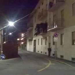 Si sente male davanti a casa Muore 84enne di Azzano San Paolo